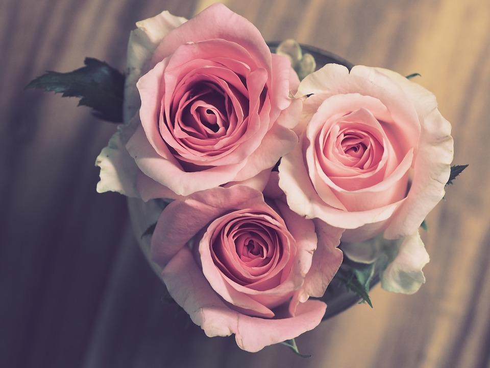 Dillo coi fiori: gli allestimenti floreali che parlano del vostro amore